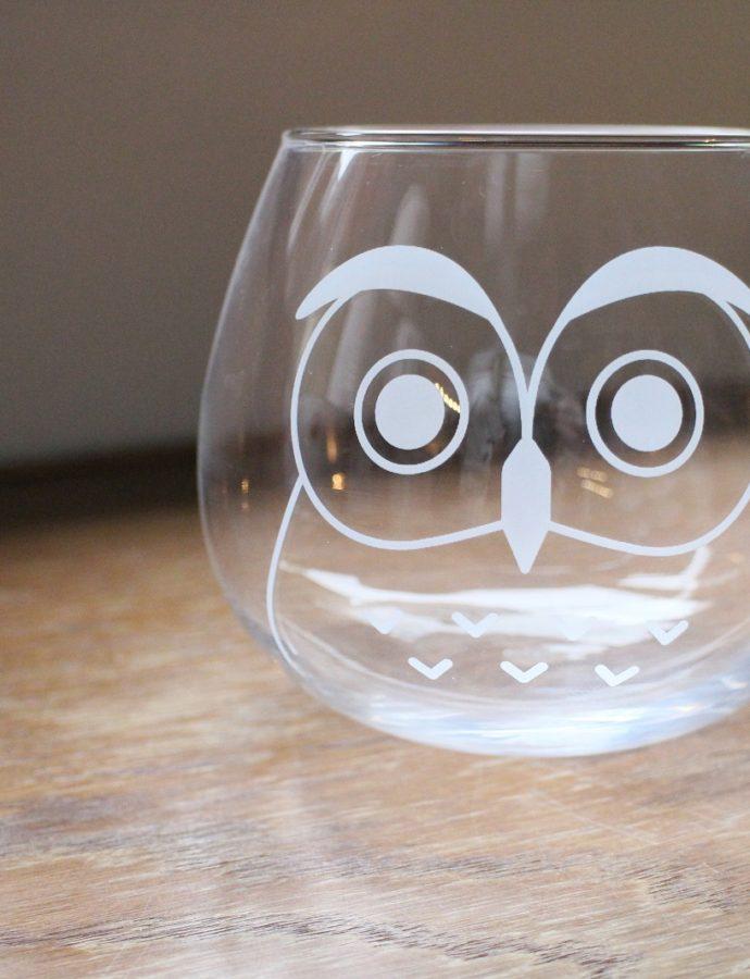 フクロウモチーフのグラス