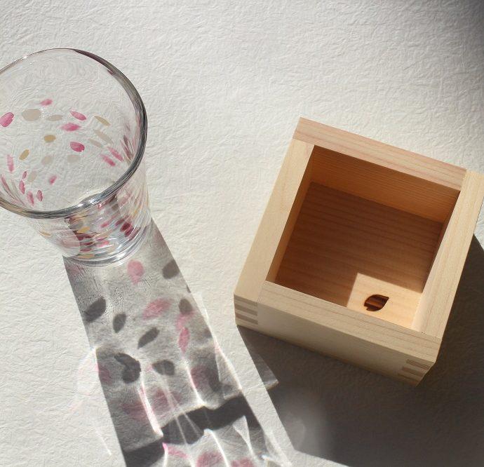 花びらの表情が美しい、HARUIRO【枡酒グラス】のご紹介