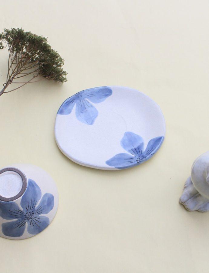 「青い花のカップ&ソーサー」再入荷しました!