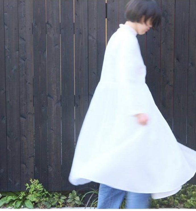 綿麻生地のカシュクールワンピース